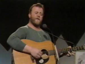 Christy Moore Singing Deportees