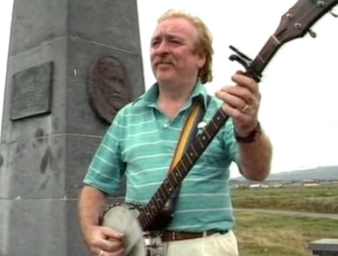 Brian Warfield Wolfe Tones Banjo Player